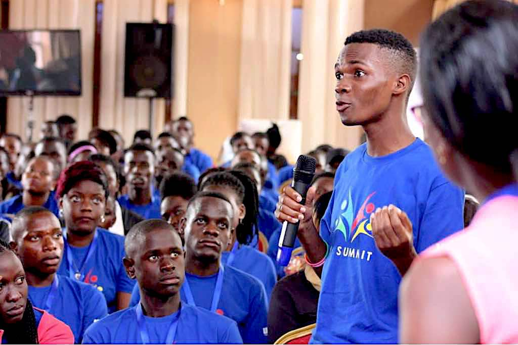 Youth advocates push health policy in Uganda